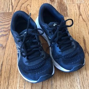 Asics women's Gel-Excite 6 size 7.5M